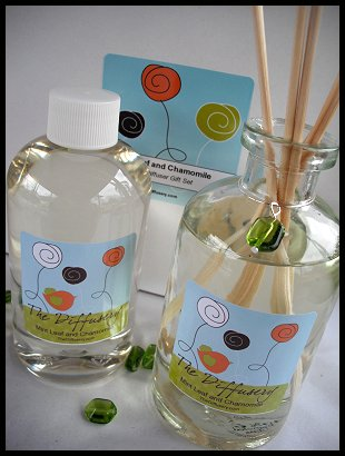 Vanilla Pear  8 oz. Reed Diffuser Gift Set